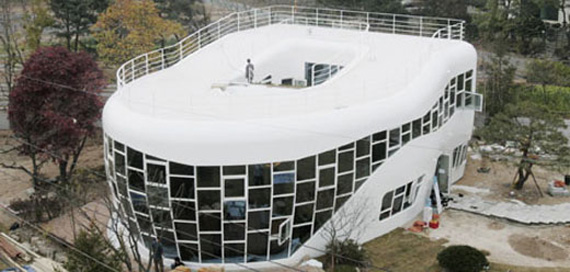strange-buildings-3 World's Strangest Buildings