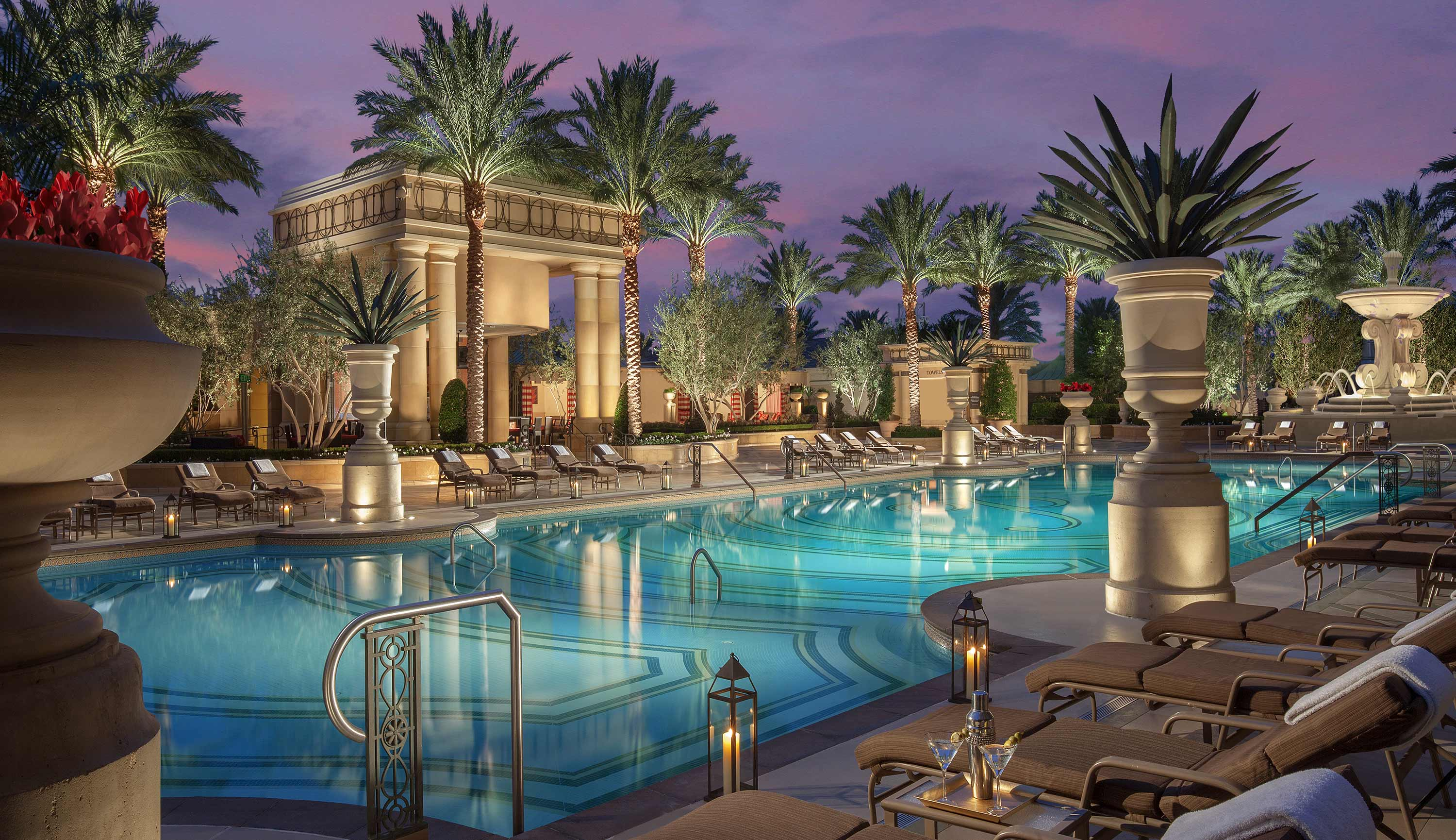 Top 20 Las Vegas Resort Pools Part 1